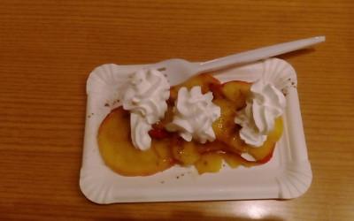 MEPI peče jabolka na bazarju